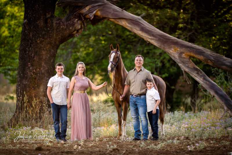 Pieter & Ruané Le Roux family session by Bloemfontein portrait photographer Johan Pretorius