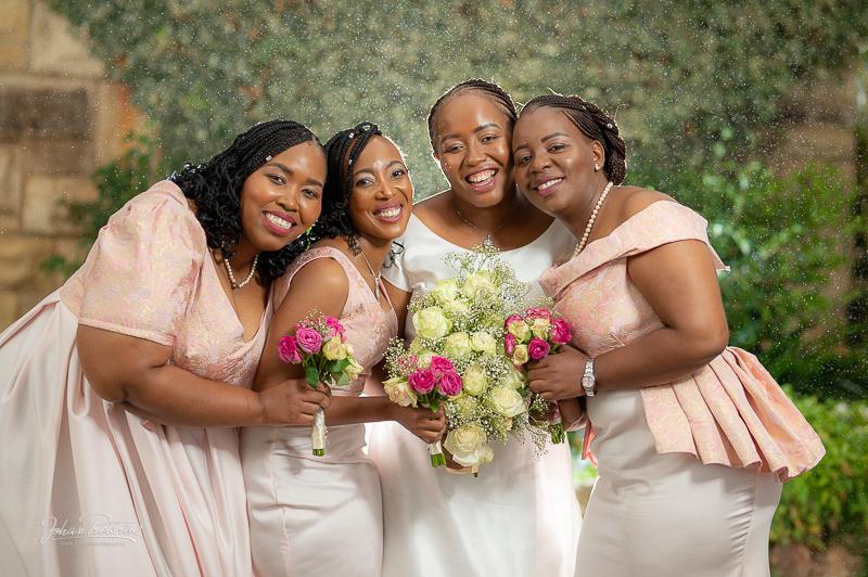 Motena & Phillip's wedding in Lesotho by Bloemfontein wedding photographer Johan Pretorius